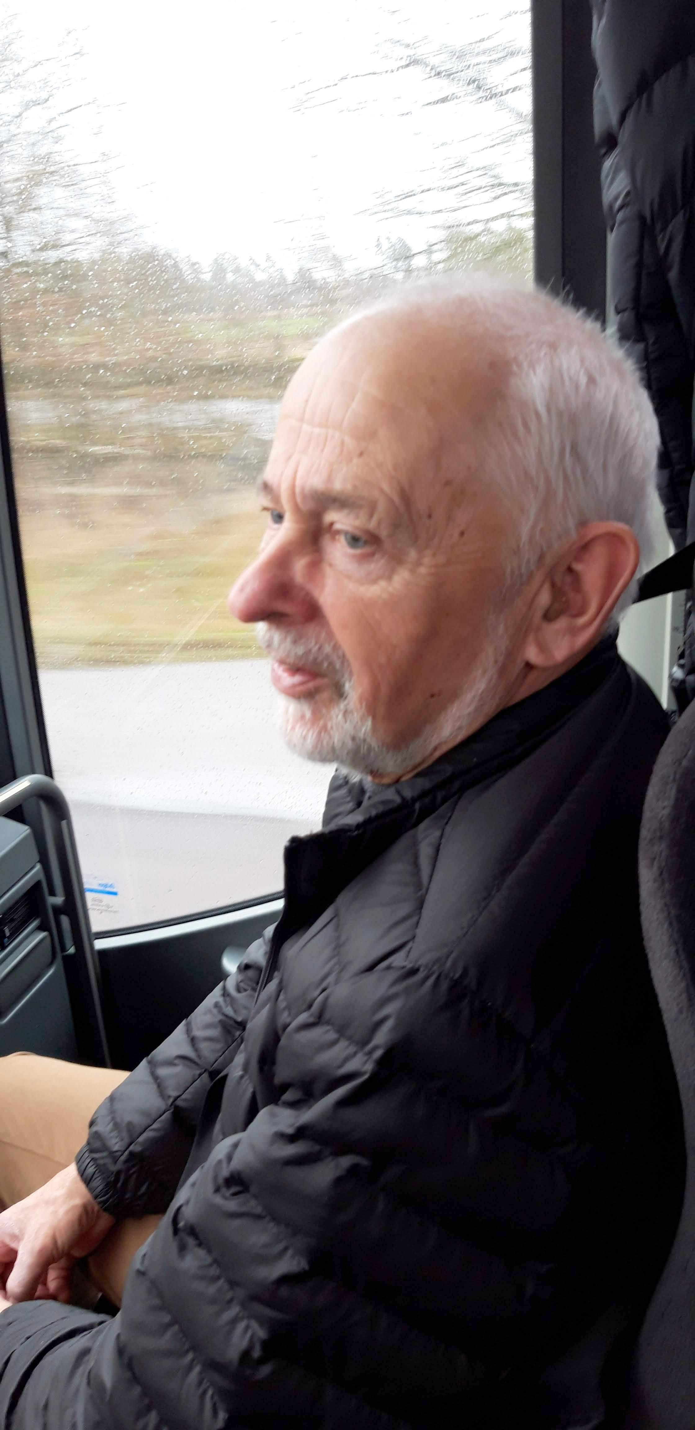 Är Stig-Harald co-driver redo att hoppa in?