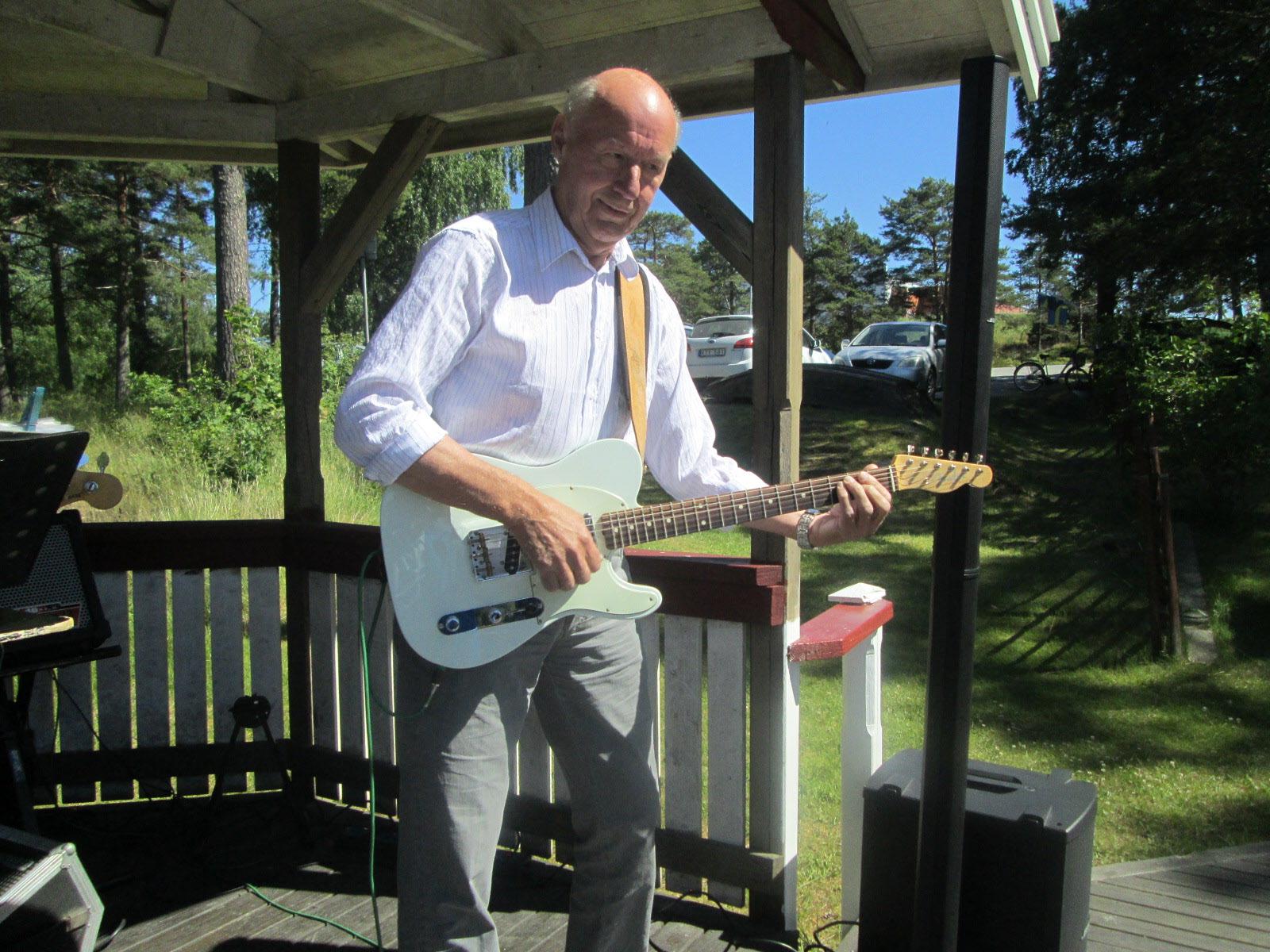 Kurt på gitarr