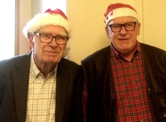 Björn och Otto i julstämning.