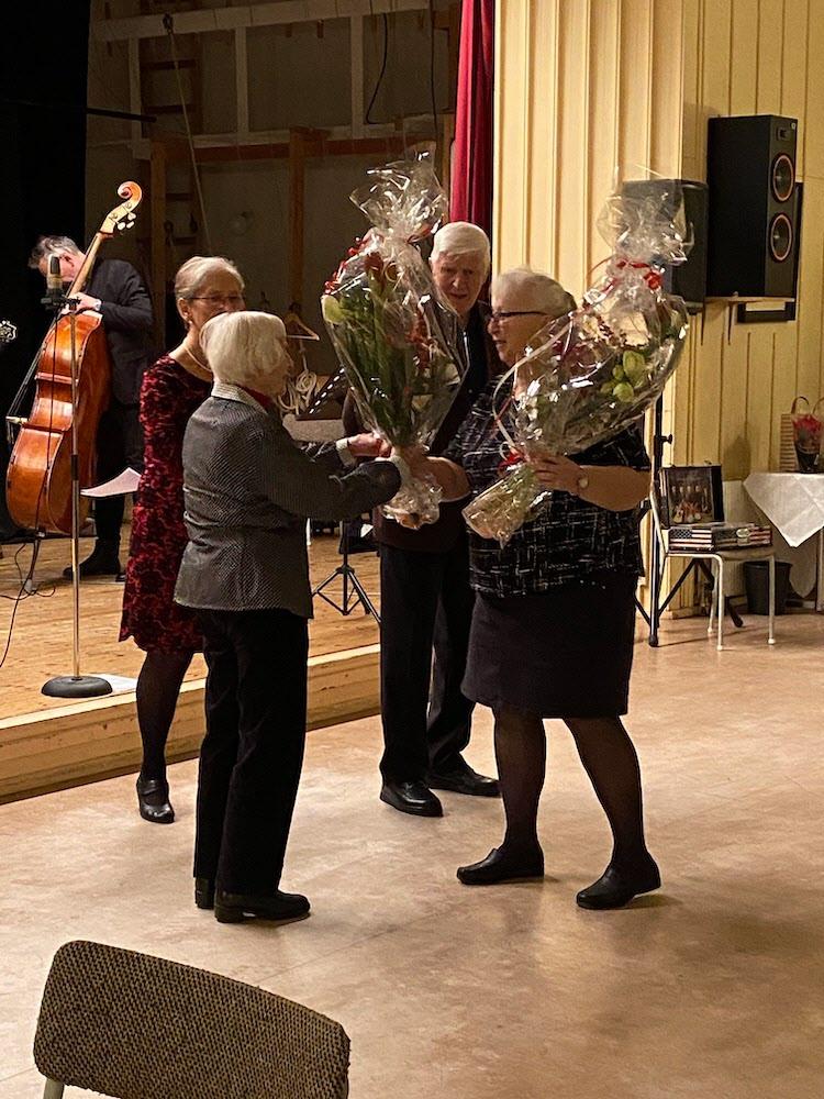 Hedda och Lars Olof firas