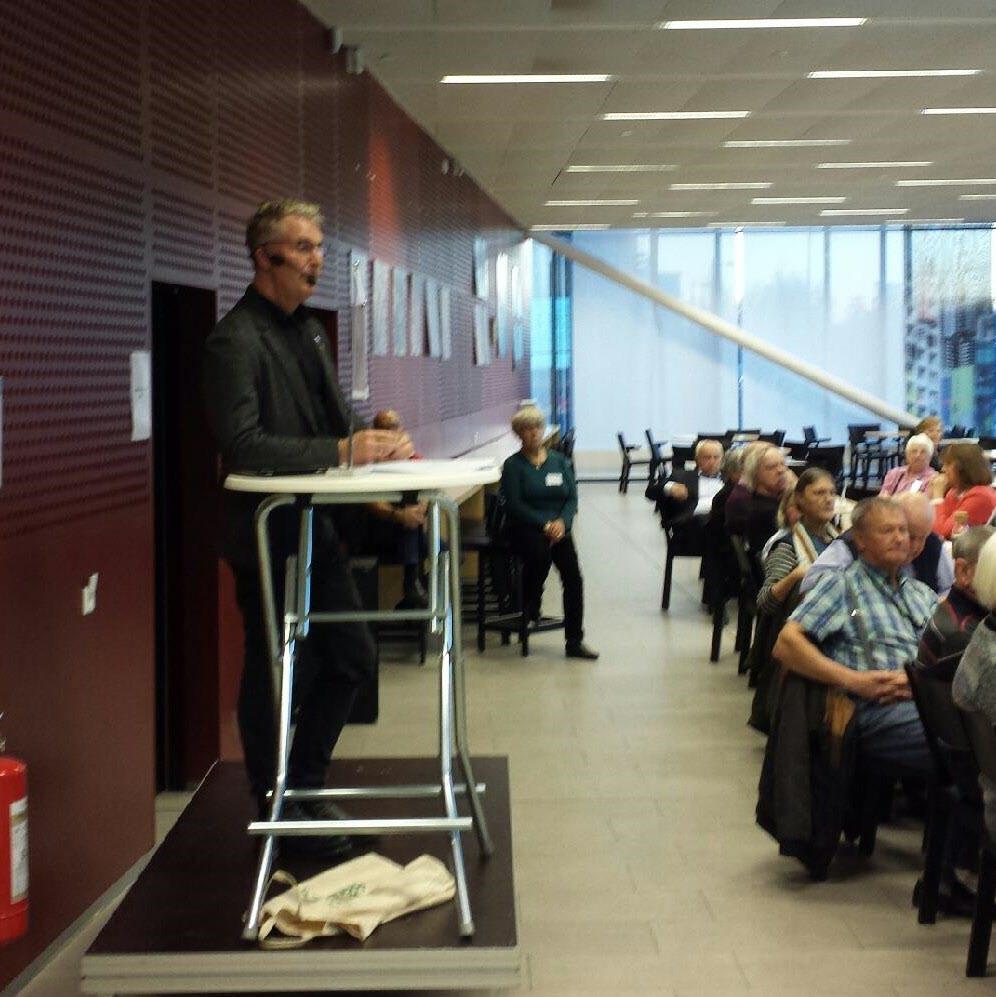 135 SPF-seniorer lyssnade till Anders Rosén (V) i Messingen.