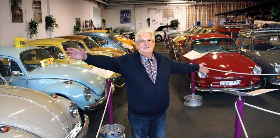 Bengt Holmgren tog emot med stora famnen. Många historier om bilarna och dess ägare väntar....