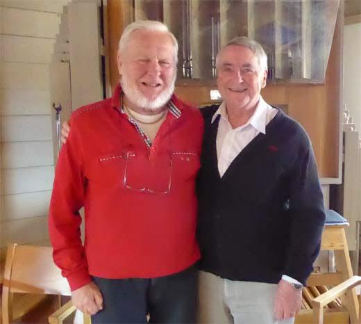 Bosse Bjerner tackar Arne för hans uppskattade framförande