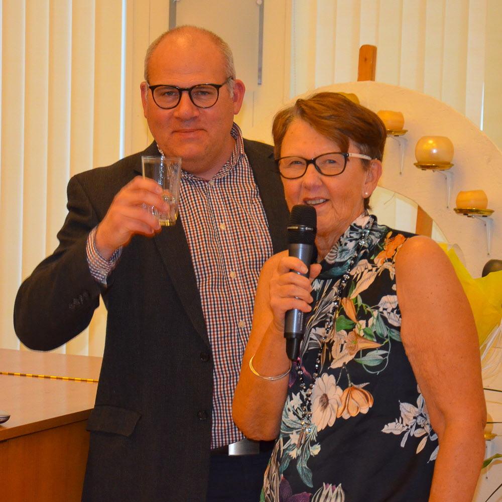 Anders Möller, VA-chef Tjörns kommun och Margareta Andersson, ordf.SPF Seniorerna Tjörnveteranerna