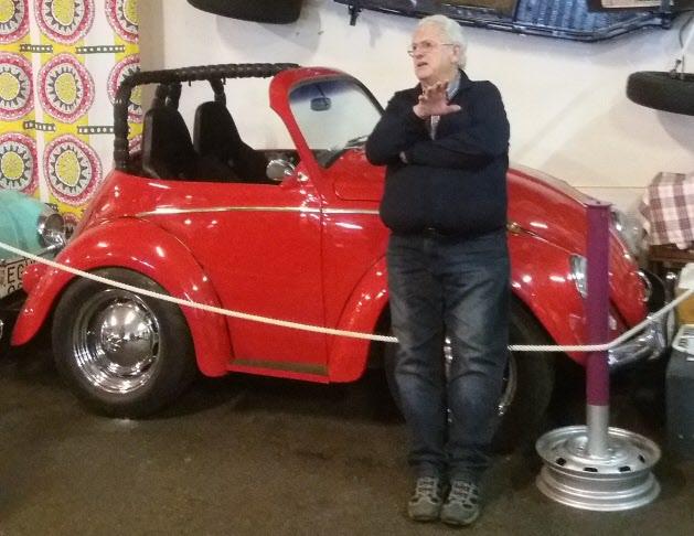 Bengt Holmgren berättade målande och engagerat om alla sina bilar.