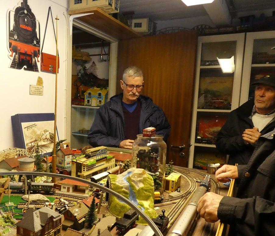 Jan Myrtorp tog emot oss i sitt leksaksmuseum som han samlat till sedan mitten av 80-talet.