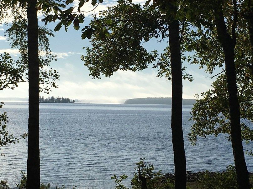 12 oktober älgjakt då går vi alltid i Bjökenäs jämte vackra Bolmen