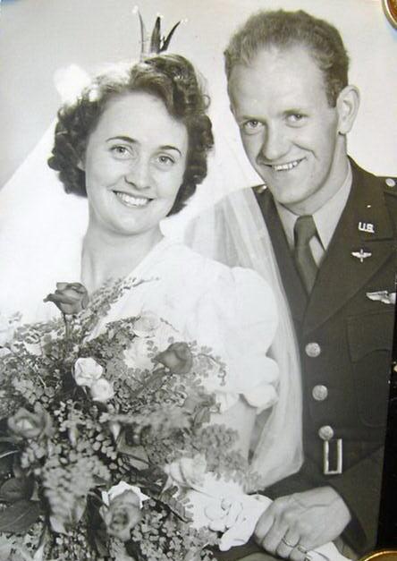 Gifta. Pete Peterson, Massachusetts, och Kerstin Kahlow, Halmstad.