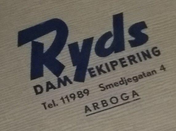 Sedan gick vi in i Ryds damekipering. Med det mesta för den moderna kvinnan.