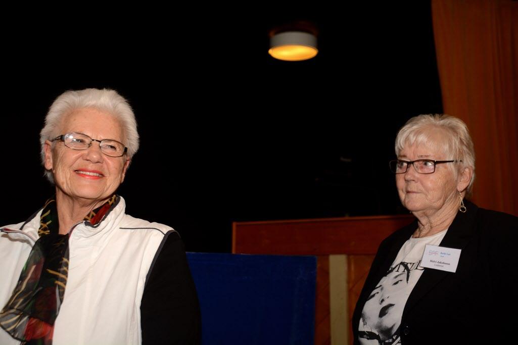 Anna-Lisa Nyström och Helvi Jakobsson avtackades