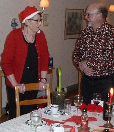 Eva-Karin blev avtackad av Gubbröran på sedvanligt vis. Vad som var nytt var att även Gubbröran blev avtackad för sedvanlig spis.