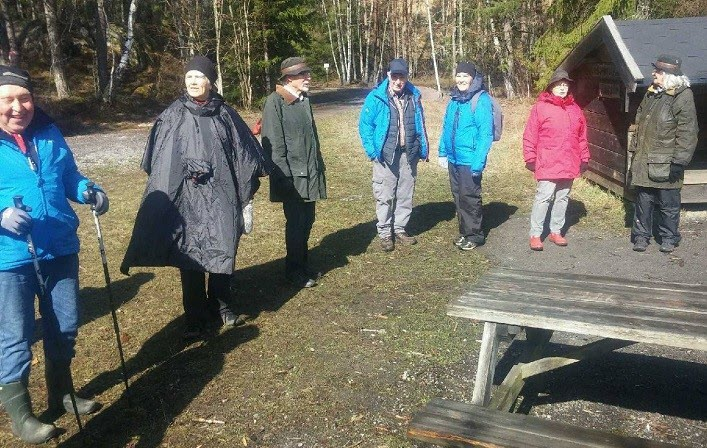 Här är en del av gruppen som vandrat i dag i regnet.