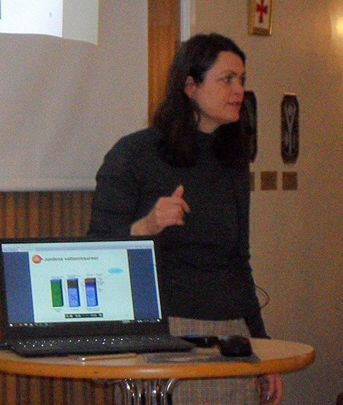 Monica Odlare pratar alger