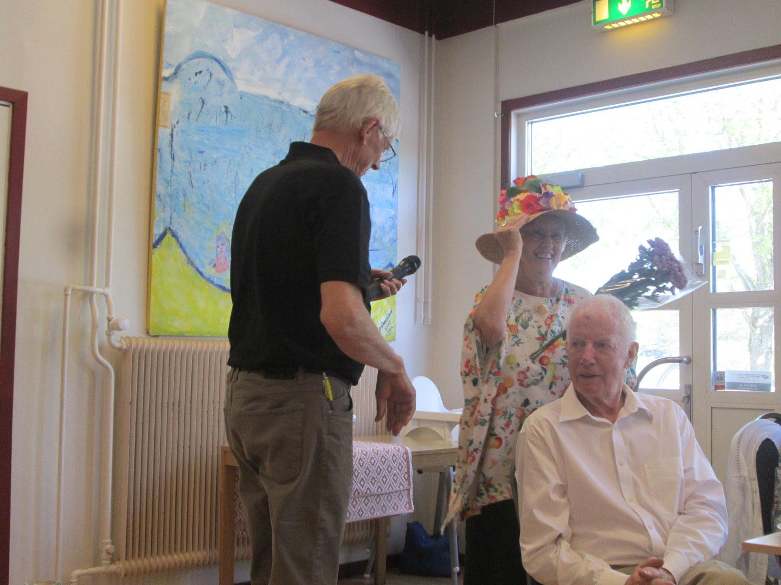 Finaste-hatten-priset fick Barbro Nilsson