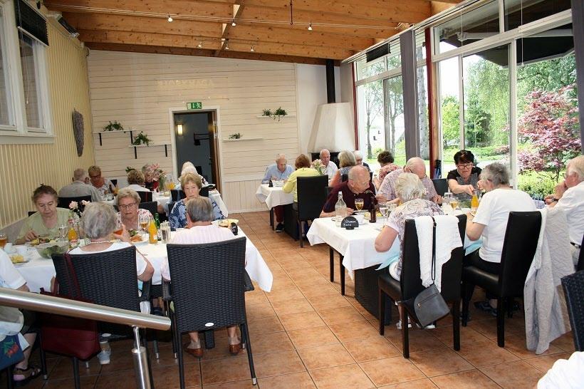 Lunch på Björkhaga