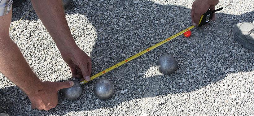 Vi spelar boule varje fredag kl 13.00 till ca15.30 ute på Almedalens boulebanor .Vid regn inställt. Medtag kaffekorg