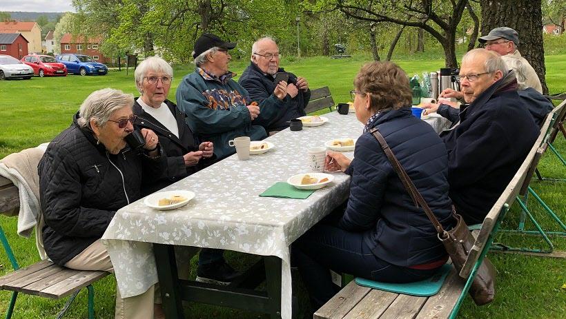 Fika med Mona-Britt vid Hembygdsgården