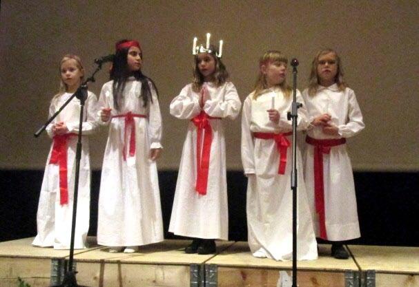 Lucia och tärnor från Kulturskolan