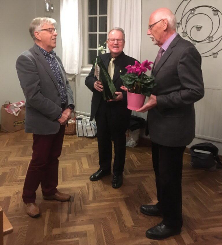 Lars Balkö och Erik Jansson avtackade Leif