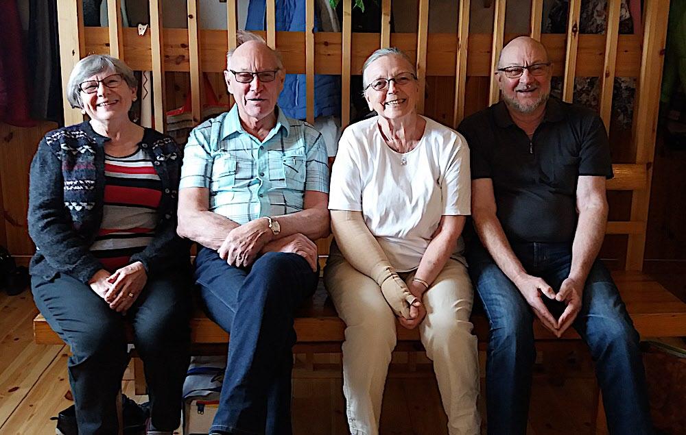 Anita, Folke, Seija och Lars-Göran och väntar på att dansen ska börja