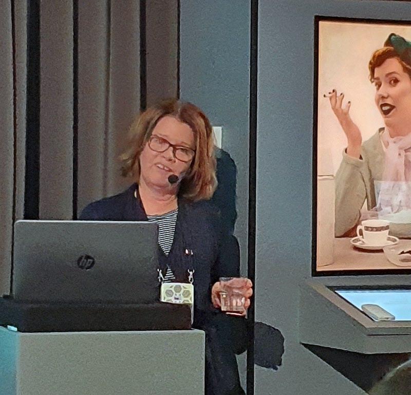 """Lena Engström Englin berättar om """"aseater"""""""