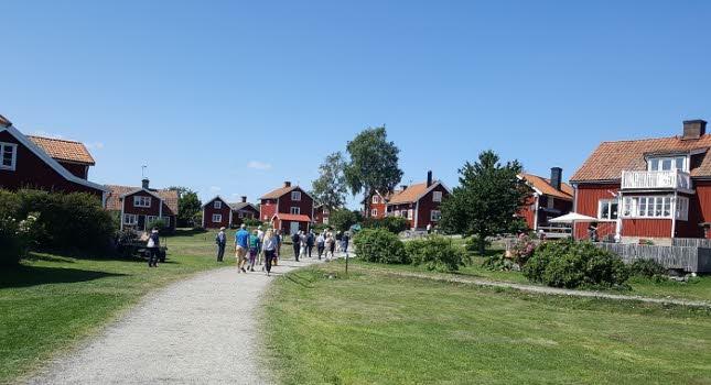 Sommarresa till Harstena 190801