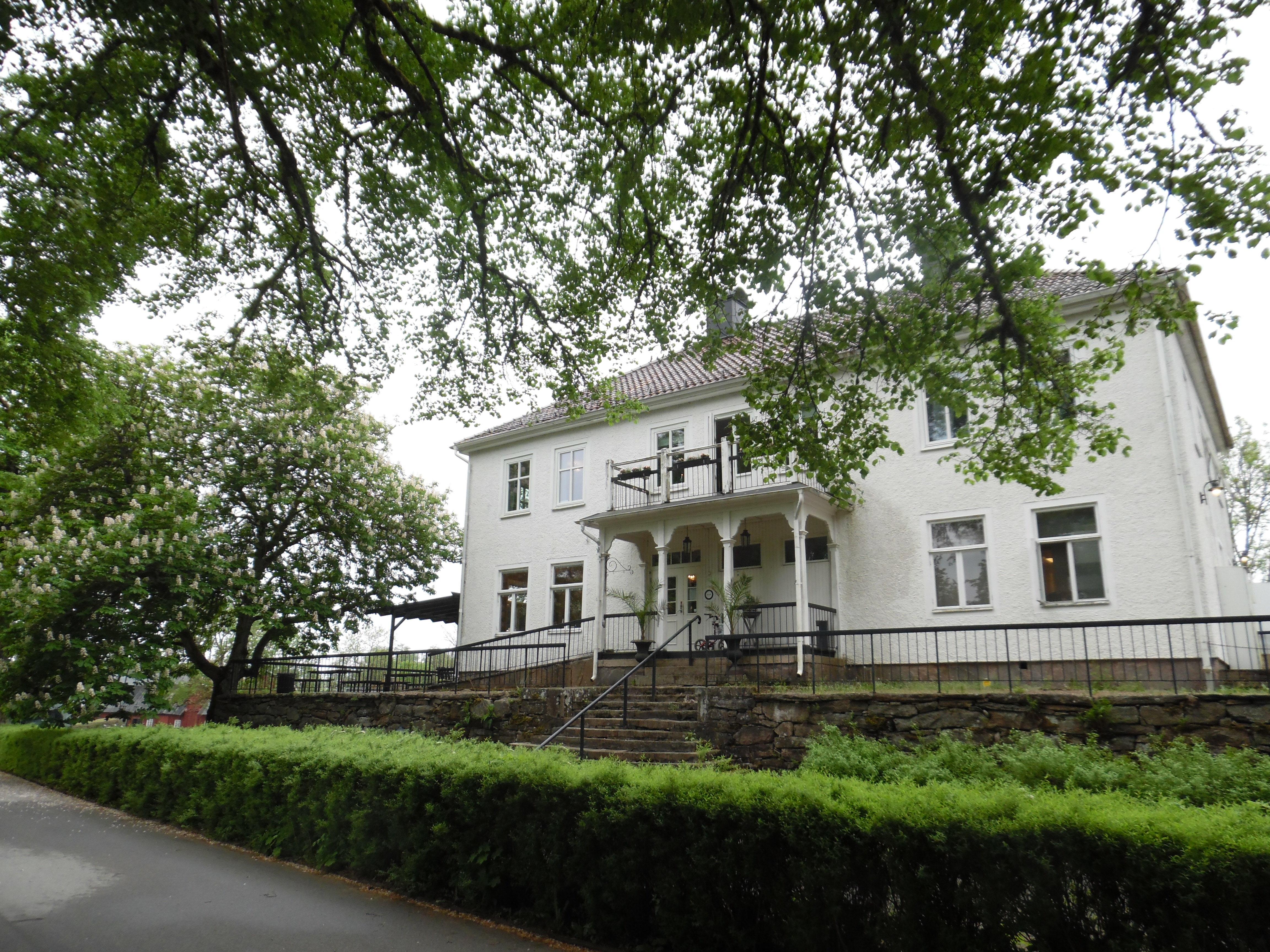 Hofsnäs slott