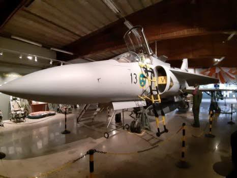 Bråvalla Flygflottilj F13