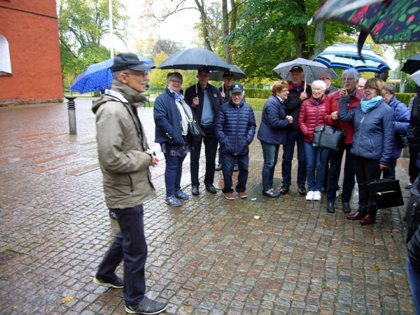 I Växjö möttes vi av guiden Ulf Nilsson som kan det mesta om Växjö