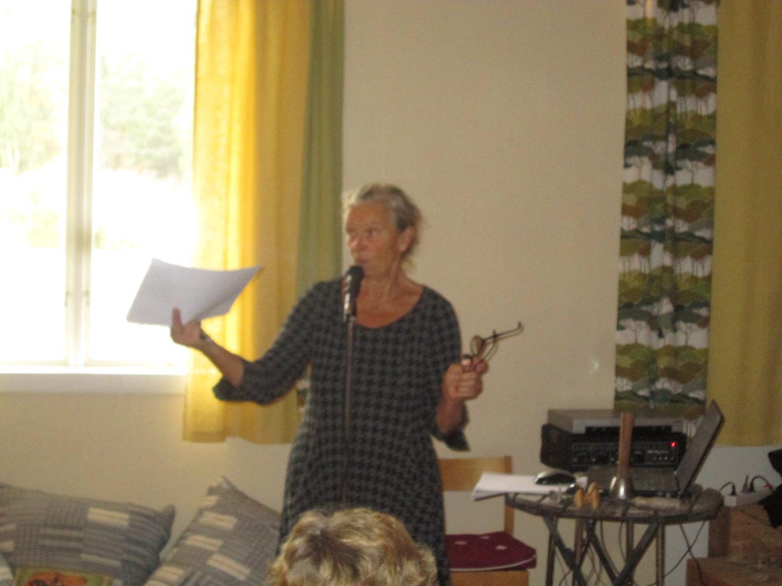 Karin Askberger berättar om Krokstrands Folkets Hus historia