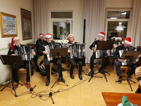 SPF Boxholm julbord på Bjursdalen