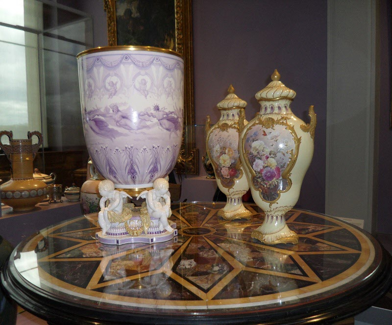 Vackra vaser och urnor