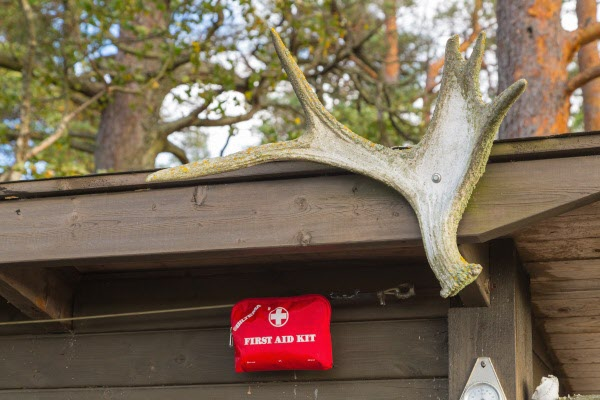 Bra med tillgång till Första Hjälpen ifall något händer.